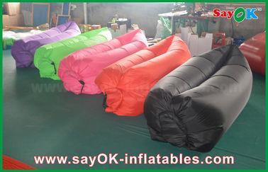 Chine sofa de sac de divan d'air de sommeil de plage de 260x70cm avec des couleurs adaptées aux besoins du client pour la vente fournisseur