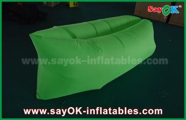 Chine Sac de couchage de tissu en nylon vert de Ripstop/sofa gonflables d'air pour le CE d'adultes fournisseur