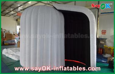 Chine Fabricant l'épousant gonflable de cabine de photo d'Igloor avec la lumière 3mLx2mWx2.3mH de LED fournisseur