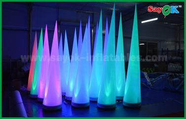 Chine Cône gonflable d'éclairage de décoration colorée d'étape pour le club/promotion fournisseur