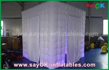 Chine 210D Oxford deux portes a mené la cabine gonflable 2.5m x 2.5m x 2.5m de photo fournisseur