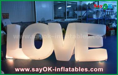 Chine Amour gonflable coloré de lettre avec la lumière menée pour la décoration de partie/mariage fournisseur