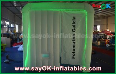 Chine cabine gonflable de photo de 2.3*2*2.2m avec l'éclairage de LED, ventilateur standard de la CE/UL fournisseur