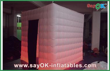 Chine Produits gonflables faits sur commande gonflables de tente mobile pour des vacances L2.4 x W2.4 x H2.5M fournisseur