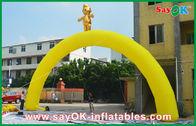 Chine Ligne d'arrivée ignifuge jaune adaptée aux besoins du client voûte gonflable pour des jeux de sports usine