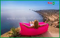Chine Sofa paresseux de sac de couchage de matelas pneumatique de Lamzac de plage en nylon gonflable faite sur commande rose de produits usine