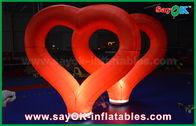 Chine Épouser le coeur gonflable en nylon rouge de décorations gonflables extérieures avec la lumière de LED usine
