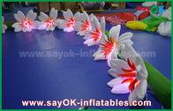 Chine longue fleur gonflable en nylon Chai de lis de décoration d'éclairage de 8m pour épouser usine