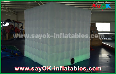 Chine Affaire gonflable 2.5x2.5m de cabine de photo de RVB LED ou Customzied usine